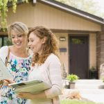 Listing a Home with an Agent versus Cash Home Buyers