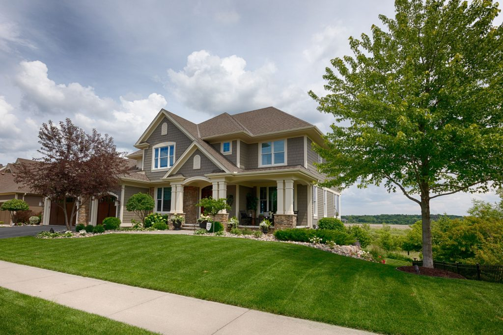 How To Make A Competitive Offer For A House When Buying