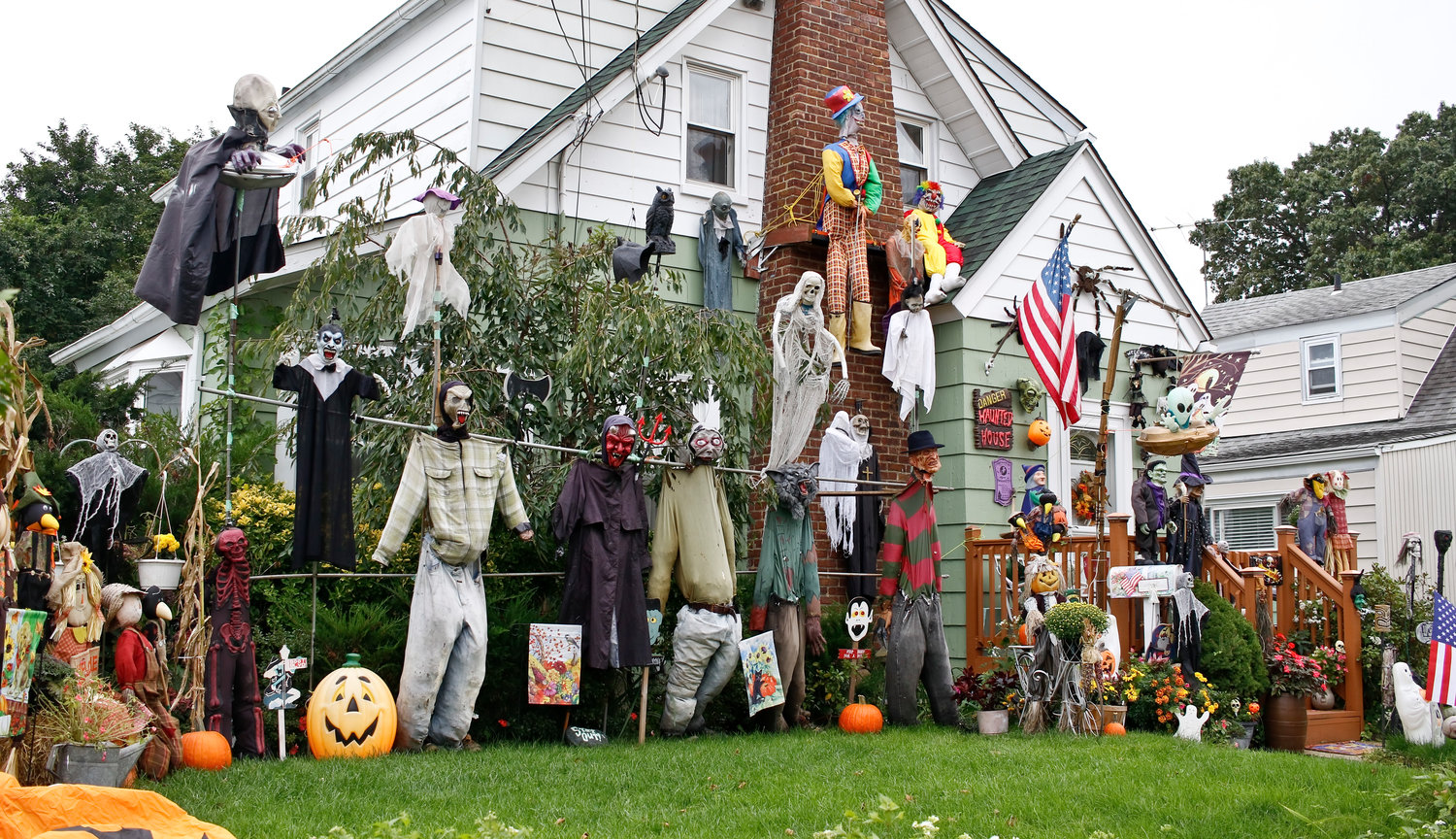 7 Spooktastic Home Halloween Decorations National Cash Offer